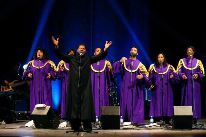 mount-unity-gospel-choir-live